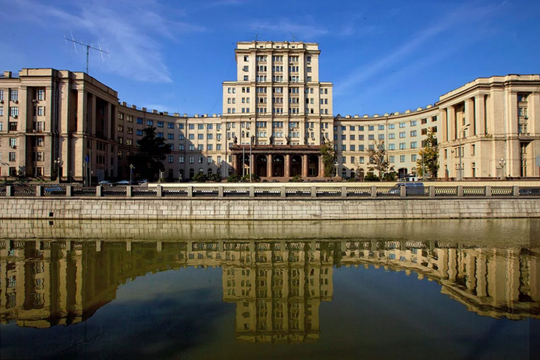 Развиваем сотрудничество с вузами: МГТУ им. Н.Э. Баумана и Ассоциация цифровой идентификации заключили соглашение о партнерстве